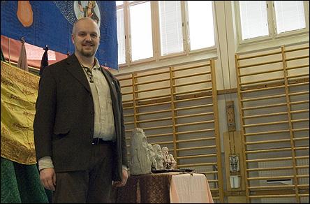 Calle håller föredrag på Holi2008