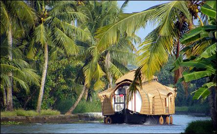Kerala - flodbåt