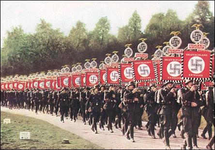 Nazister på marsch