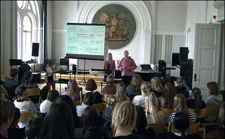 Kärlekens 9 språk på Södra Latins Gymnasium