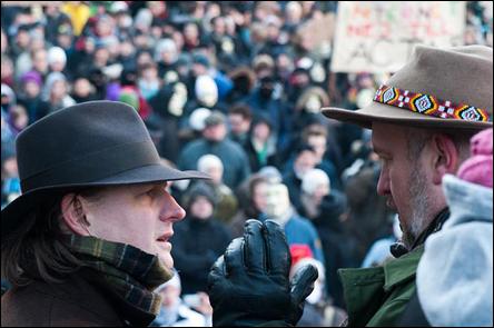 Carl Schlüter och jag på en demonstration mot ACTA, på Sergels Torg